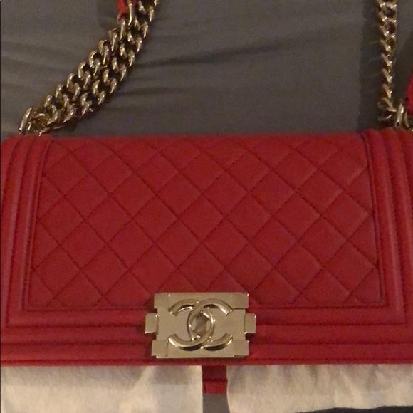 CHANEL Handbags - Chanel old medium Le boy